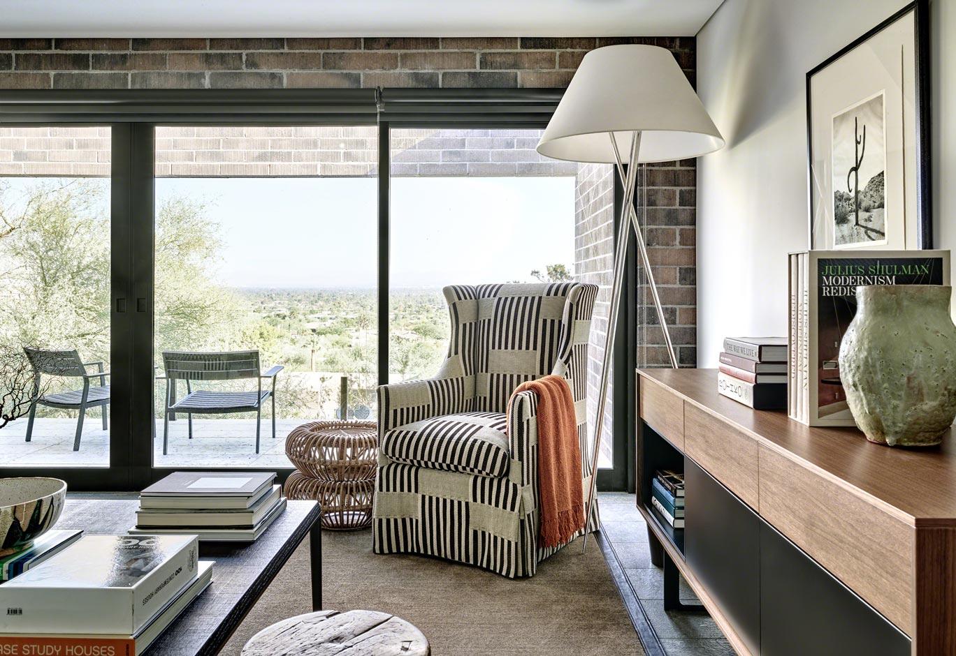 Contemporary Hillside Interior Design In Phoenix ǀ David