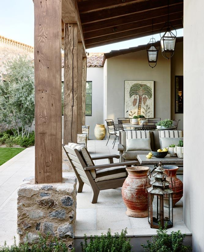 Traditional Outdoor Living Design In Phoenix ǀ David Michael Miller