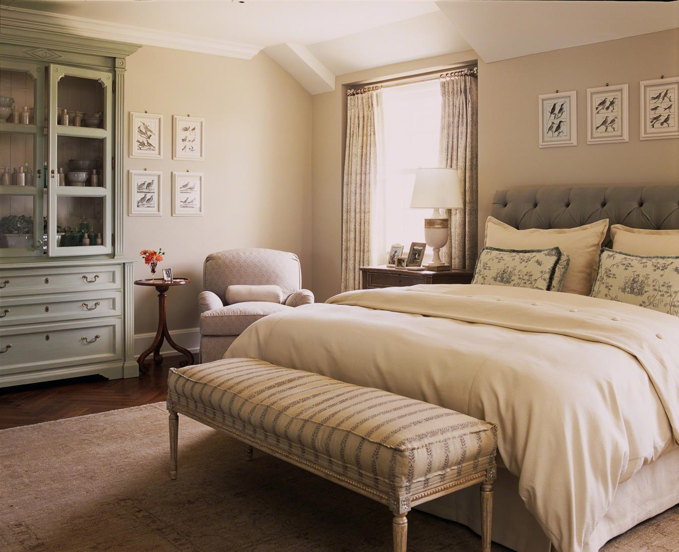 Traditional Bedrooms Home